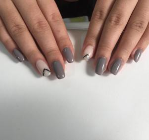 40 Simple Grey Nail Art Ideas 33 2