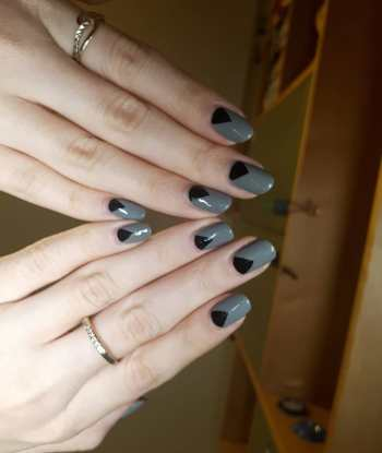 40 Simple Grey Nail Art Ideas 36 2