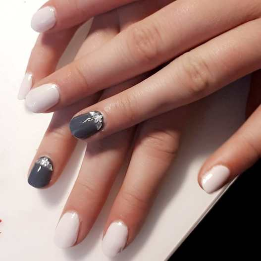 40 Simple Grey Nail Art Ideas 39 2