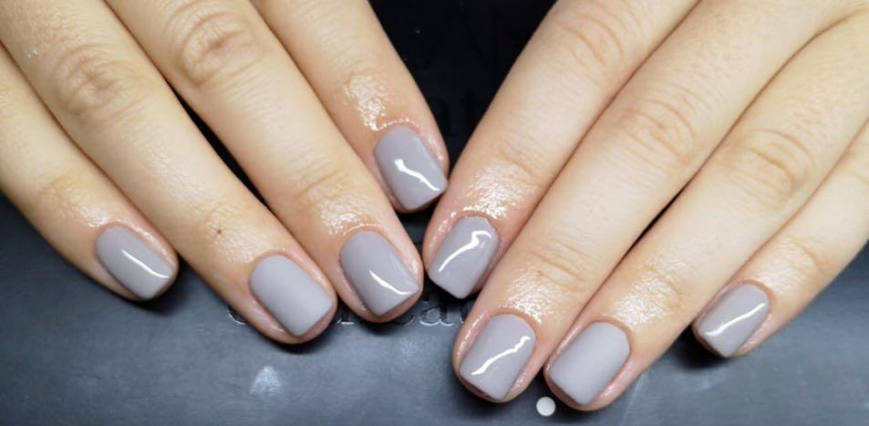 40 Simple Grey Nail Art Ideas 44 2
