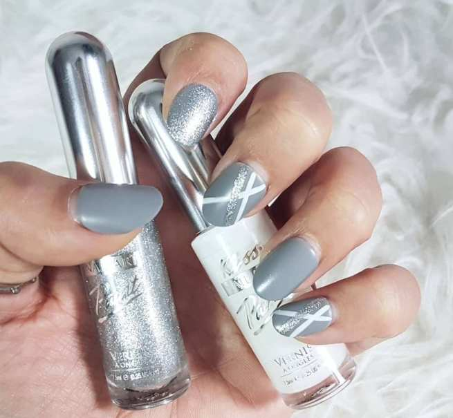 40 Simple Grey Nail Art Ideas 45 2