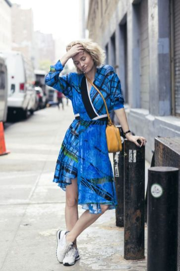 40 Stylish Asymmetric Dress Ideas 15
