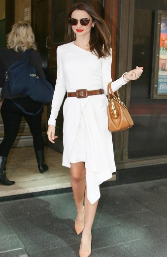 40 Stylish Asymmetric Dress Ideas 28
