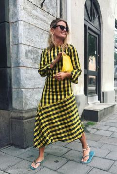 40 Stylish Asymmetric Dress Ideas 3