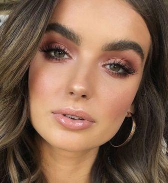 40 Summer Makeup Look Ideas 21