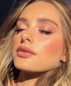 40 Summer Makeup Look Ideas 26