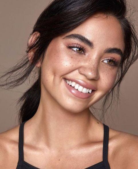 40 Summer Makeup Look Ideas 47
