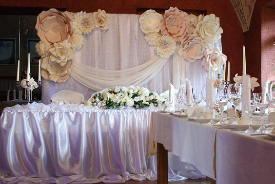 40 Ways to Use Paper Flowers At Your Wedding 24