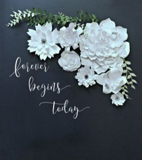 40 Ways to Use Paper Flowers At Your Wedding 37