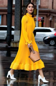 40 Yellow Outfits in Fashion Ideas 20