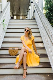 40 Yellow Outfits in Fashion Ideas 31