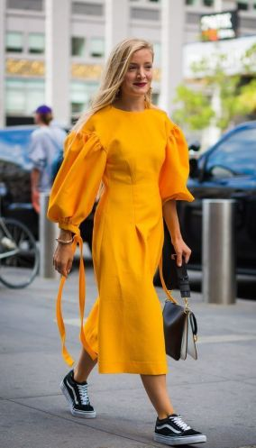 40 Yellow Outfits in Fashion Ideas 7