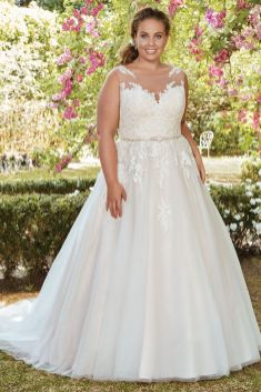 50 Ball Gown for Pluz Size Brides Ideas 10