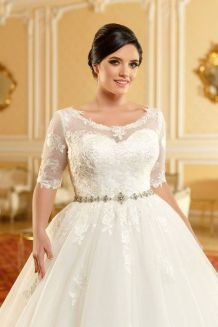50 Ball Gown for Pluz Size Brides Ideas 12