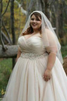 50 Ball Gown for Pluz Size Brides Ideas 17