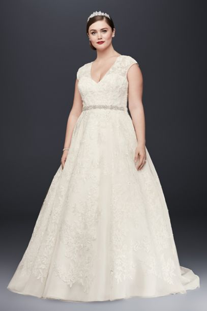 50 Ball Gown for Pluz Size Brides Ideas 30