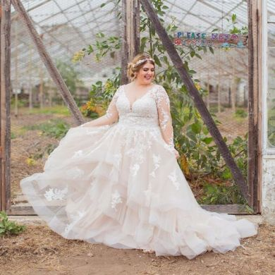 50 Ball Gown for Pluz Size Brides Ideas 40