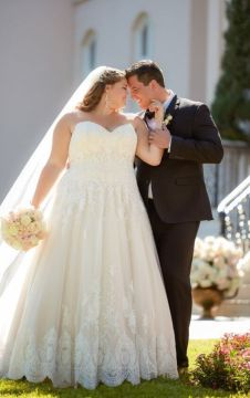 50 Ball Gown for Pluz Size Brides Ideas 43