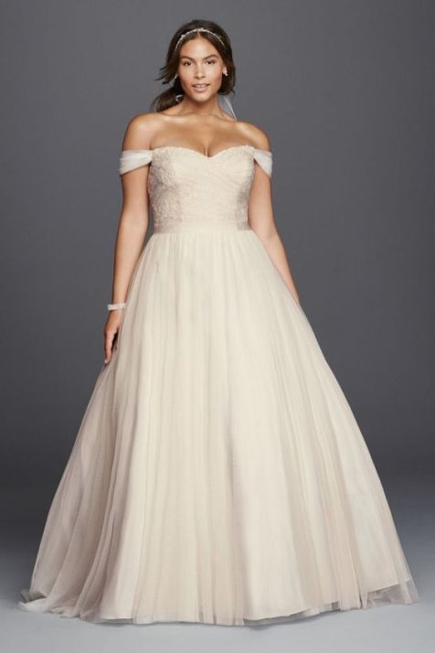 50 Ball Gown for Pluz Size Brides Ideas 9