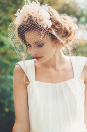 50 Blusher Veils and Bridcage for Brides Ideas 22