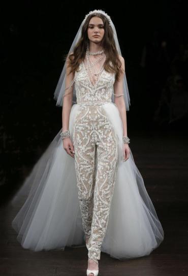 50 Bridal Jumpsuits Look Ideas 26