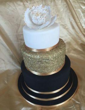 50 Gold Wedding Cakes Ideas 27