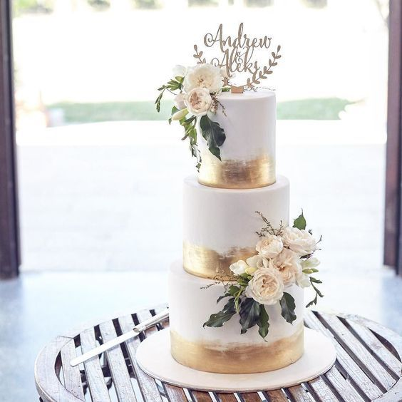 50 Gold Wedding Cakes Ideas 44