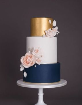 50 Gold Wedding Cakes Ideas 47