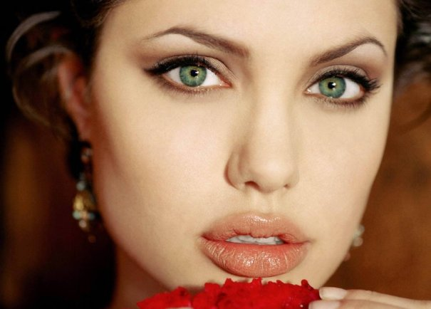 50 Green Eyes Makeup Ideas 10