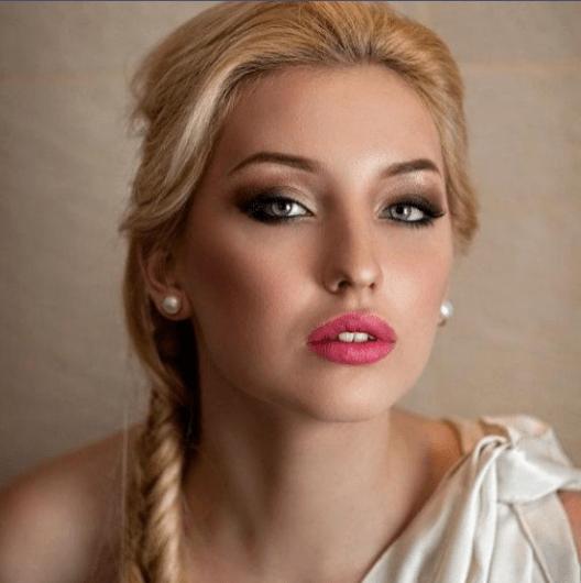 50 Green Eyes Makeup Ideas 29