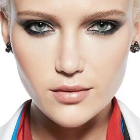 50 Green Eyes Makeup Ideas 36