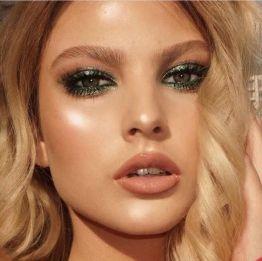 50 Green Eyes Makeup Ideas 38