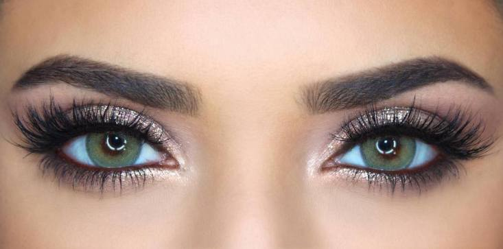 50 Green Eyes Makeup Ideas 41