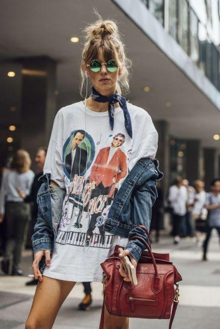 50 How to Wear an Oversized T Shirt Ideas 25