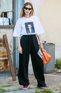 50 How to Wear an Oversized T Shirt Ideas 43