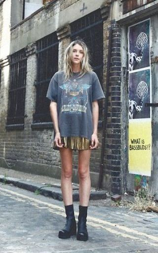 50 How to Wear an Oversized T Shirt Ideas 46