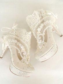 50 Lace Heels Bridal Shoes Ideas 34