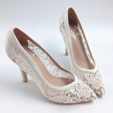 50 Lace Heels Bridal Shoes Ideas 7