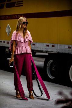 50 Möglichkeiten rosafarbene Outfits Ideen zu tragen 16