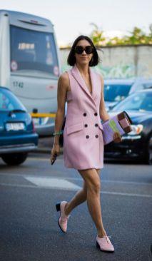 50 Möglichkeiten rosafarbene Outfits Ideen zu tragen 25