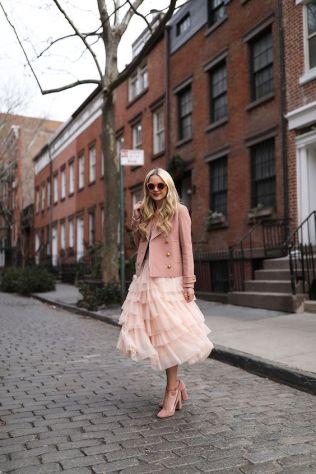 50 Möglichkeiten rosafarbene Outfits Ideen zu tragen 7