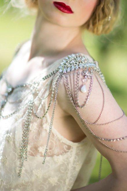 50 Shoulder Necklaces for Brides Ideas 15