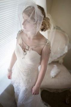50 Shoulder Necklaces for Brides Ideas 19