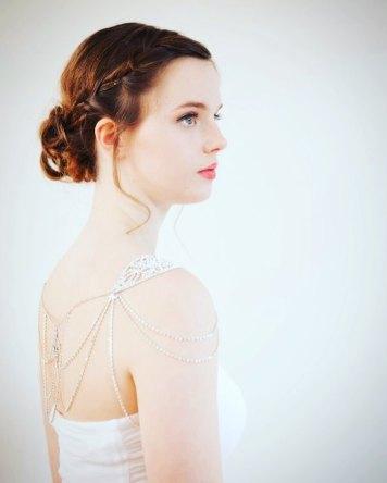 50 Shoulder Necklaces for Brides Ideas 25