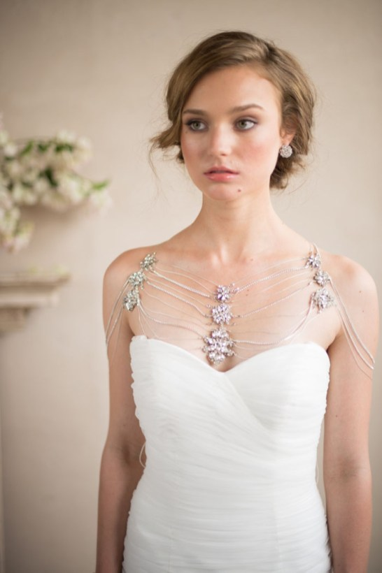 50 Shoulder Necklaces for Brides Ideas 44