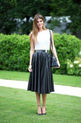 50 White Sleeveless Top Outfits Ideas 20