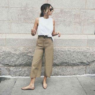 50 White Sleeveless Top Outfits Ideas 22