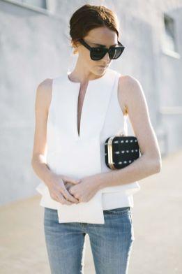 50 White Sleeveless Top Outfits Ideas 28