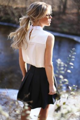 50 White Sleeveless Top Outfits Ideas 47