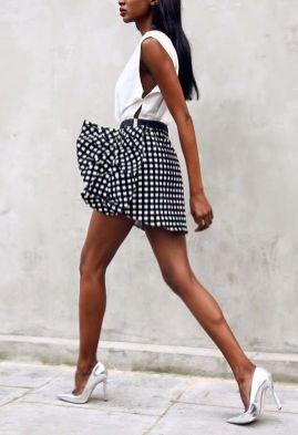 50 White Sleeveless Top Outfits Ideas 49 1 1